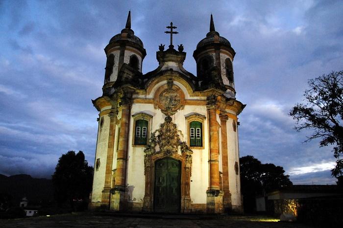 10 Assisi Church