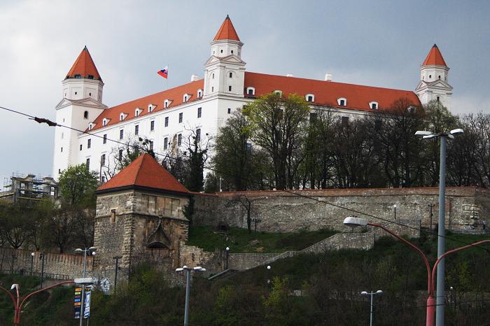 10 Bratislava Castle