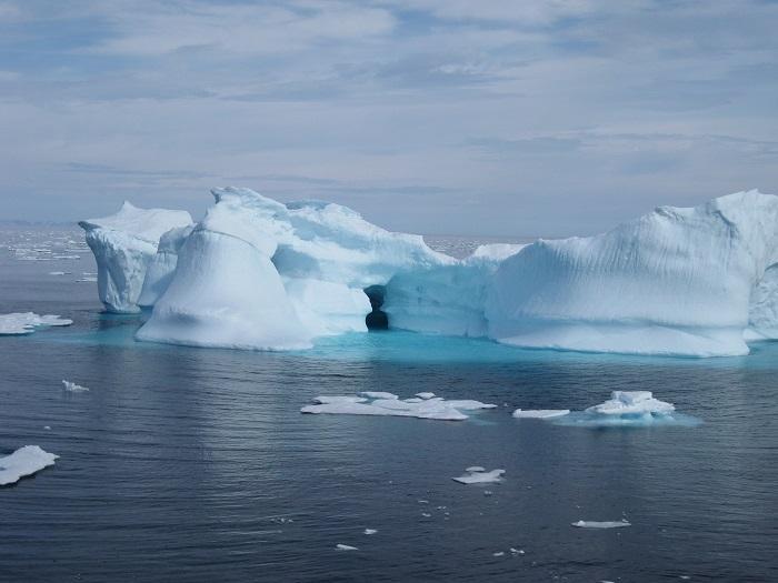 12 Baffin