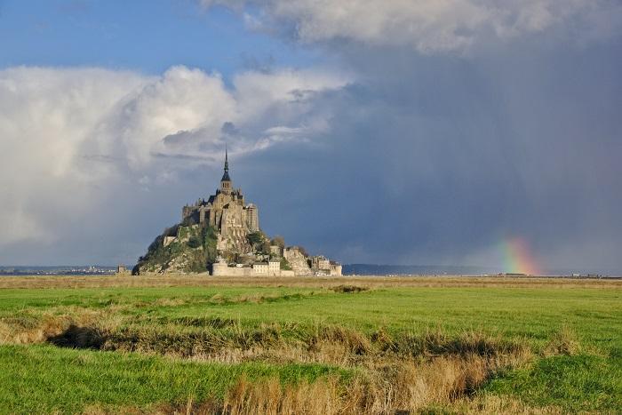 17 Mont Michel