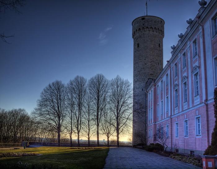 2 Hermann Tower