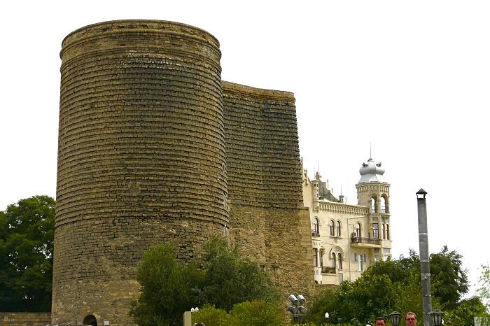 4 Maiden Baku