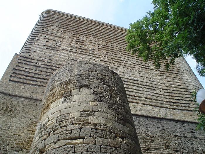 6 Maiden Baku