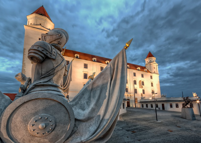 9 Bratislava Castle