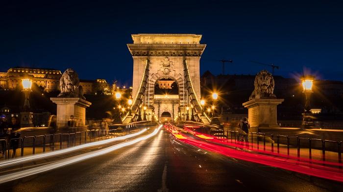 1 Chain Bridge
