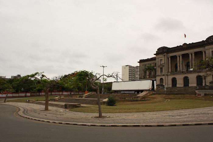 2 Maputo Hall