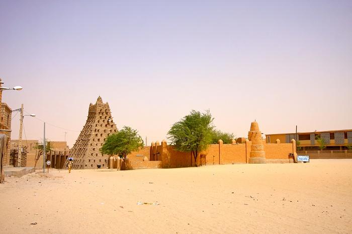 2 Timbuktu