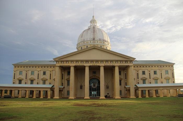 3 Palau Capitol
