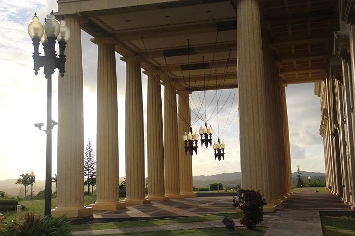 4 Palau Capitol