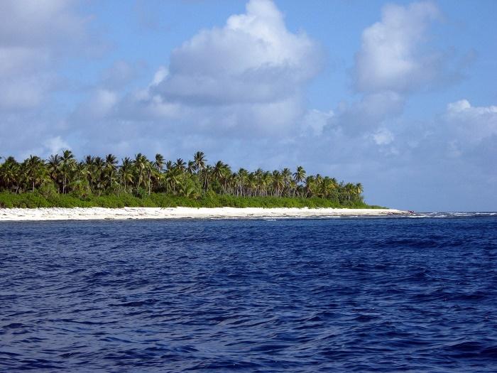 4 Phoenix Kiribati