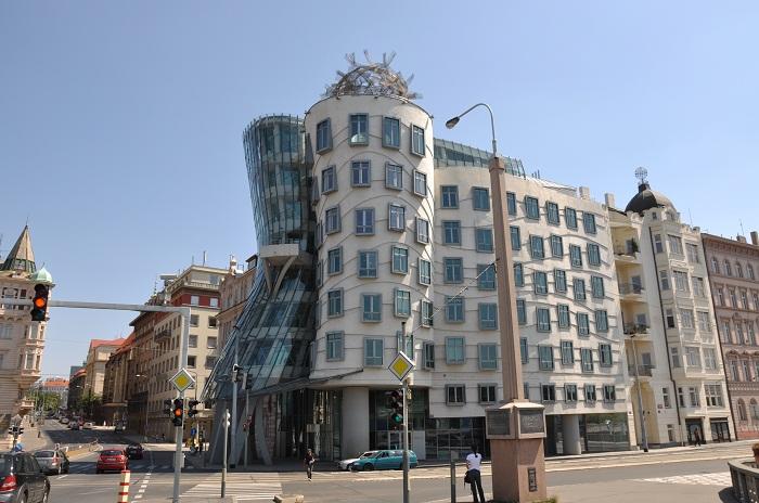 6 Dancing House