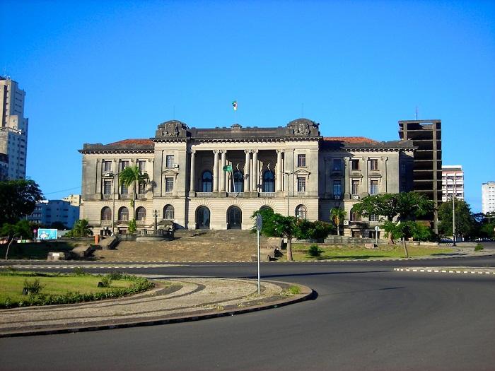 7 Maputo Hall