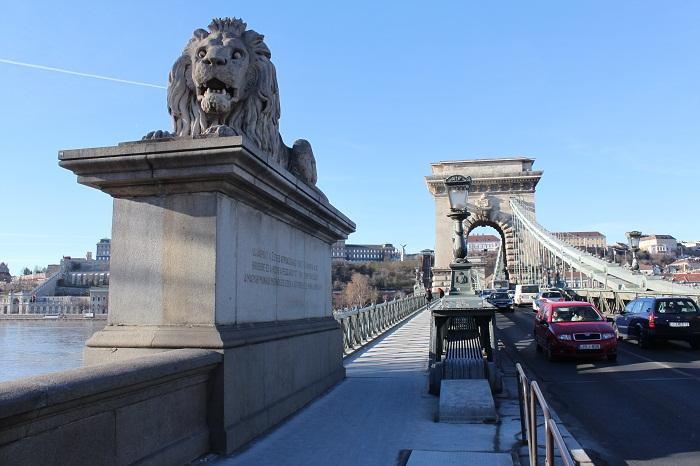 8 Chain Bridge