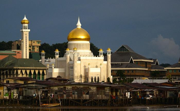 11 Sultan Omar