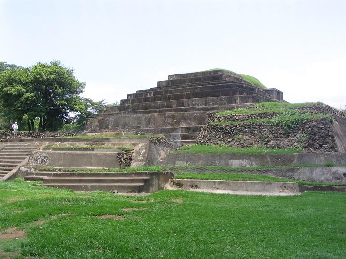 3 Tazumal