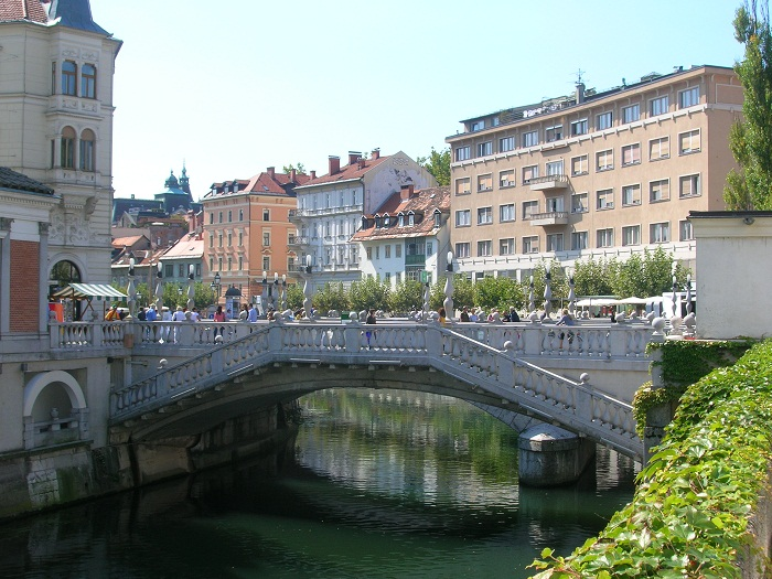 4 Triple Bridge