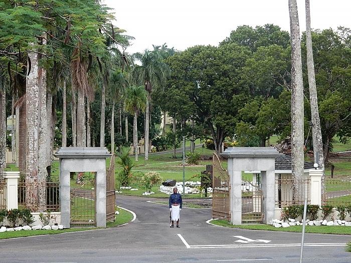 1 Palace Fiji