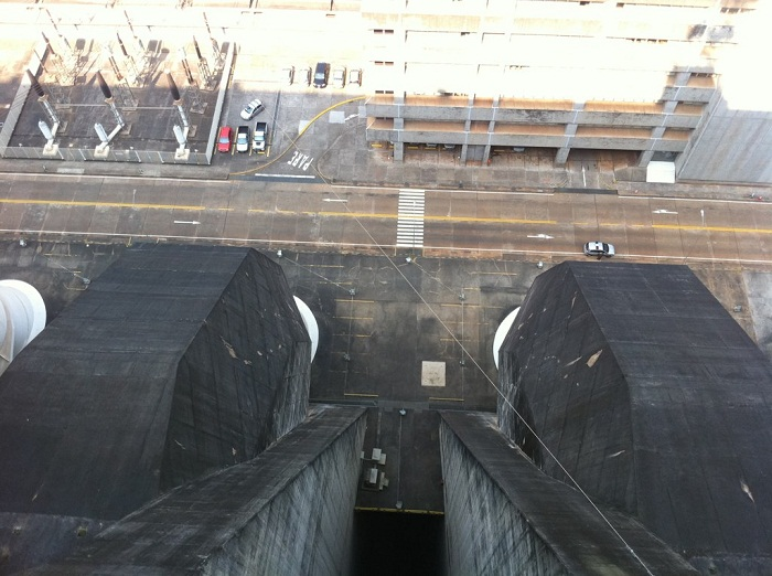 10 Itaipu Dam