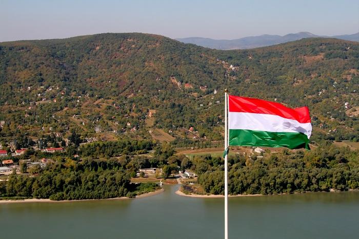 2 Danube Bend
