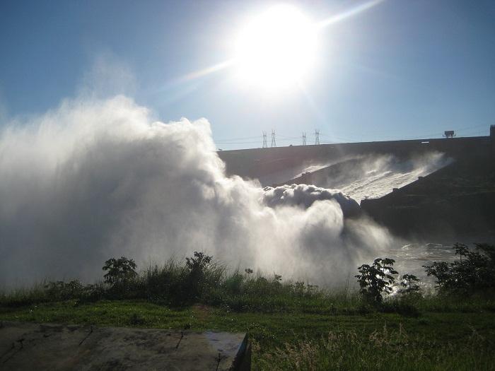 5 Itaipu Dam