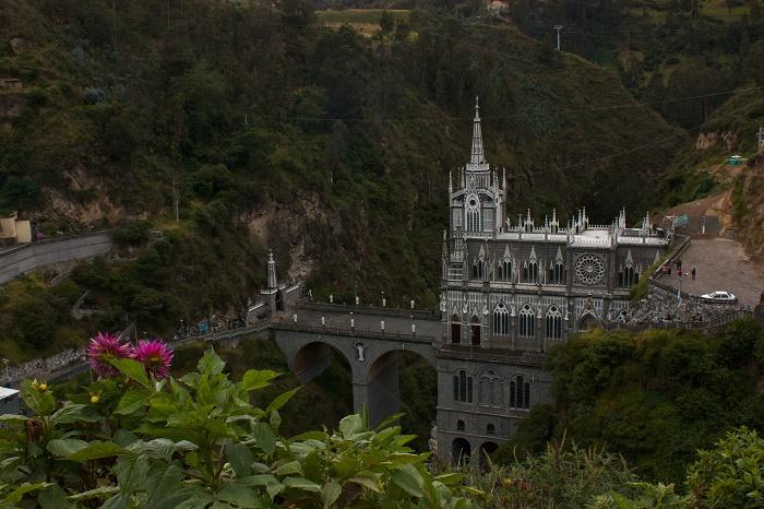 5 Las Lajas
