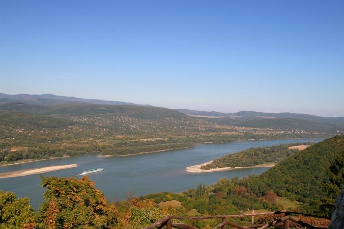 6 Danube Bend