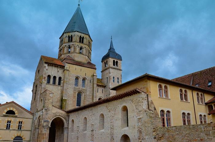 7 Cluny Abbey