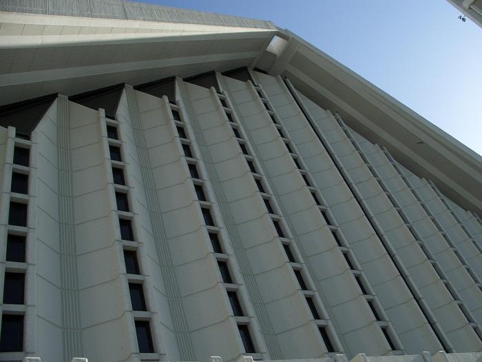 8 Faisal Mosque
