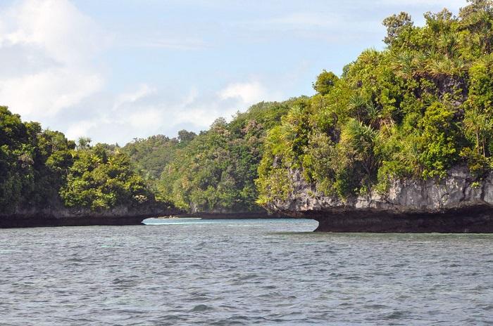 8 Palau Rock