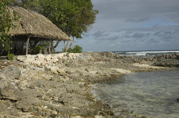 8 Tarawa