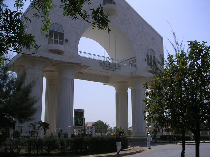 8 Arch 22