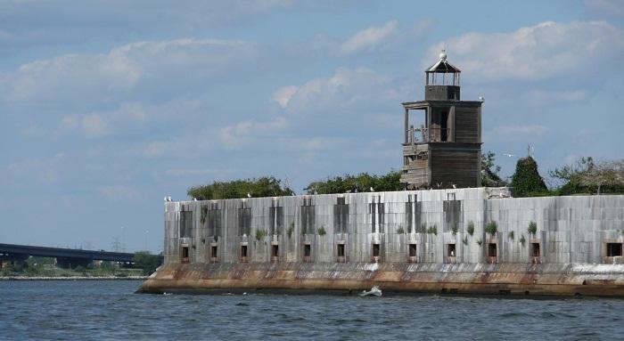 3 Fort Carroll