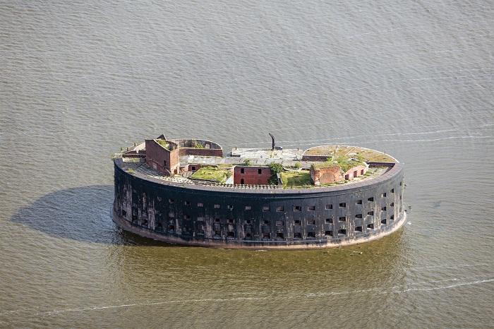 6 Fort Alexander