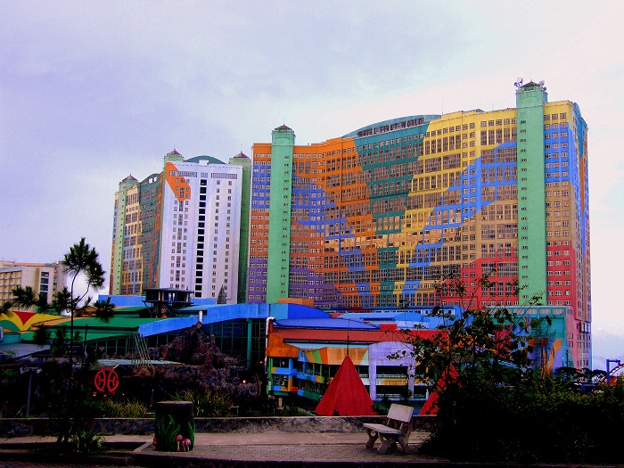 1 First World Malaysia