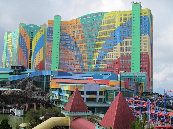 10 First World Malaysia