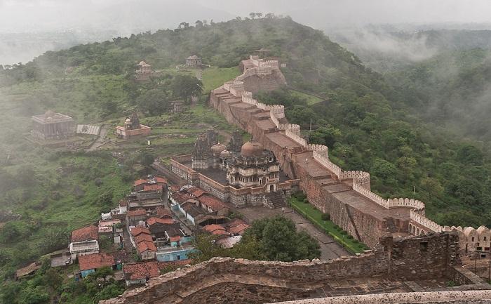 10 Kumbhalgarh