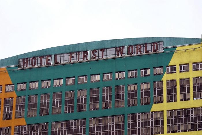 8 First World Malaysia