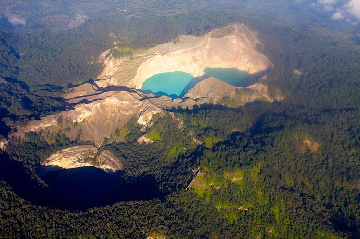 5 Crater Indonesia