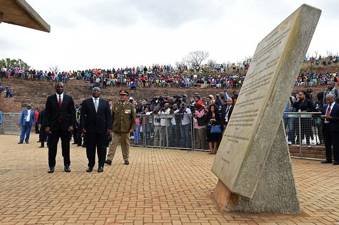 6 Machel Monument