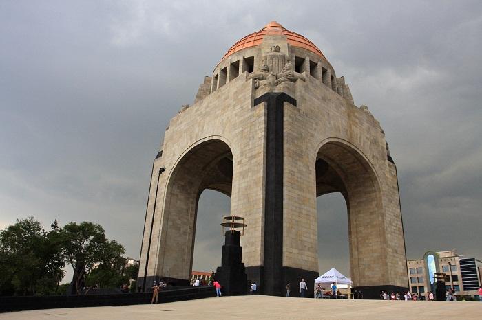 1 Monumento Revolucion