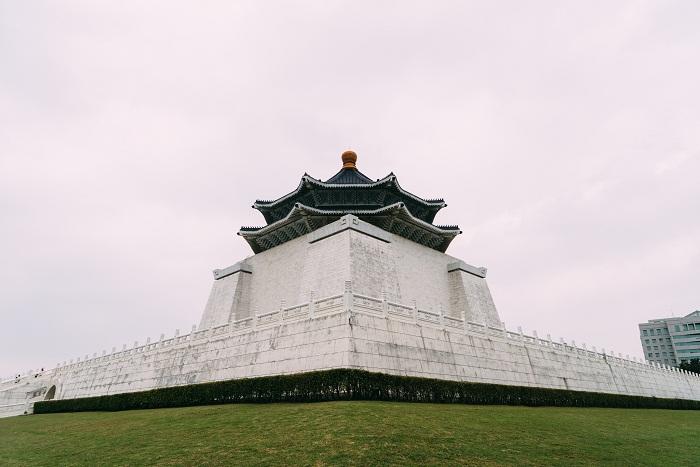 10 Chiang Memorial
