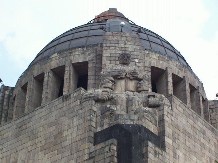 2 Monumento Revolucion