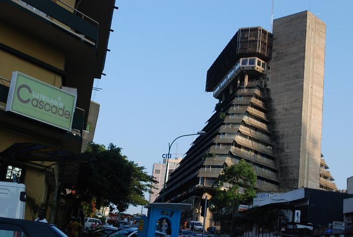 2 Pyramide