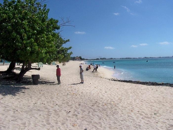 4 Seven Mile Cayman