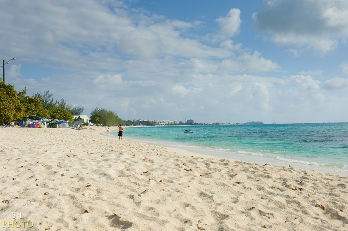 6 Seven Mile Cayman