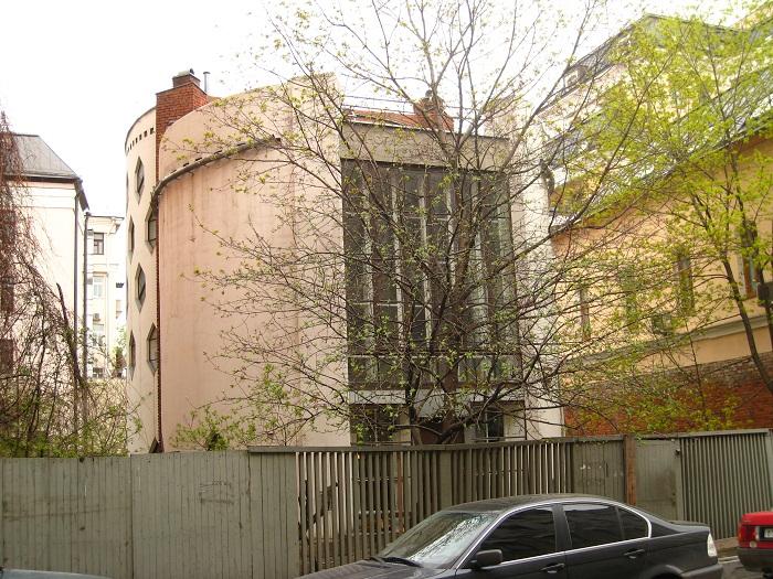 8 Melnikov House