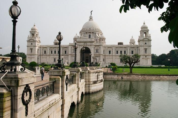 2 Victoria India