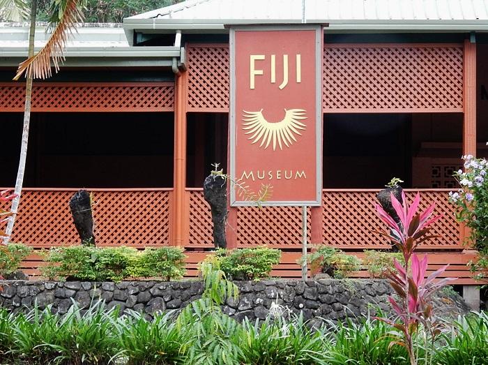 5 Thurston Fiji