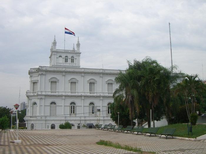 7 Palacio Lopez
