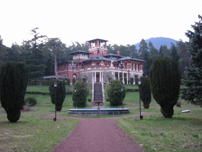 2 Likani Palace